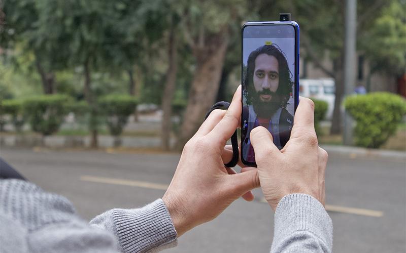 Camera sefie của điện thoại Vivo V15