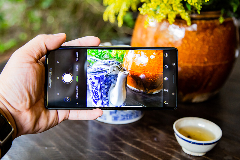 Giao diện camera của BlackBerry Evolve