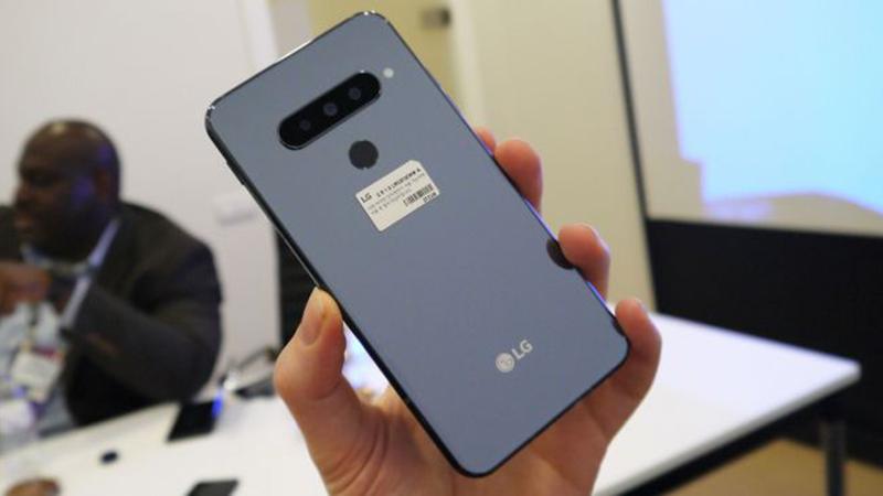 Thiết kế mặt sau của LG G8S ThinQ