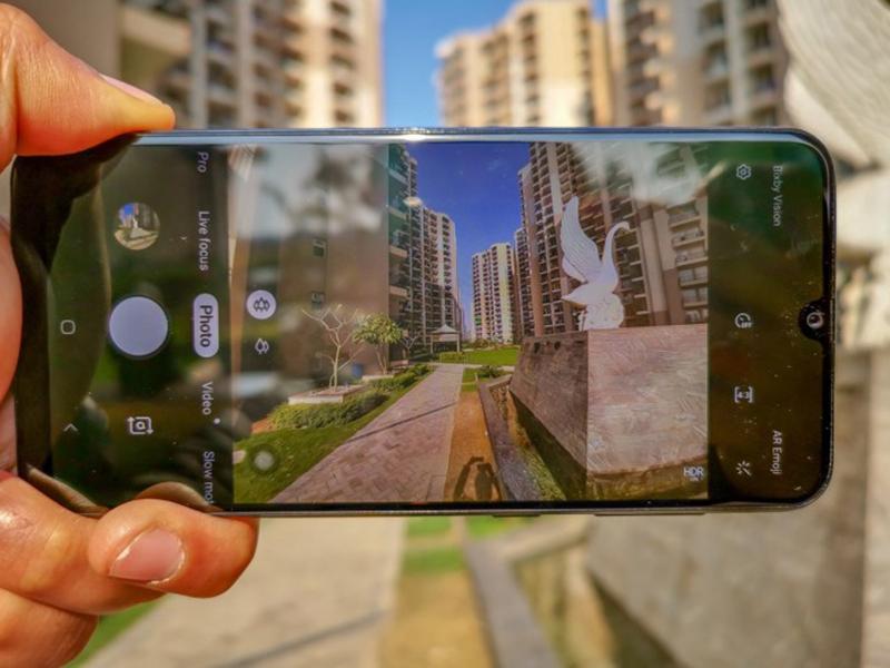Phone - ទូរស័ព្ទ Samsung Galaxy A50 128GB - កាមេរ៉ា