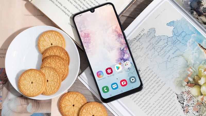 Điện thoại Samsung Galaxy A50 128GB | Màn hình
