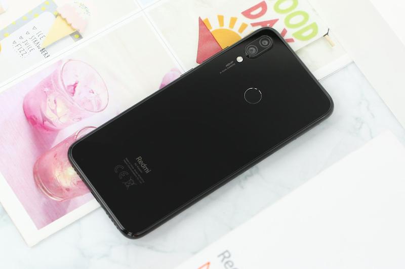 Điện thoại Xiaomi Redmi Note 7 3GB/32GB | Mặt lưng