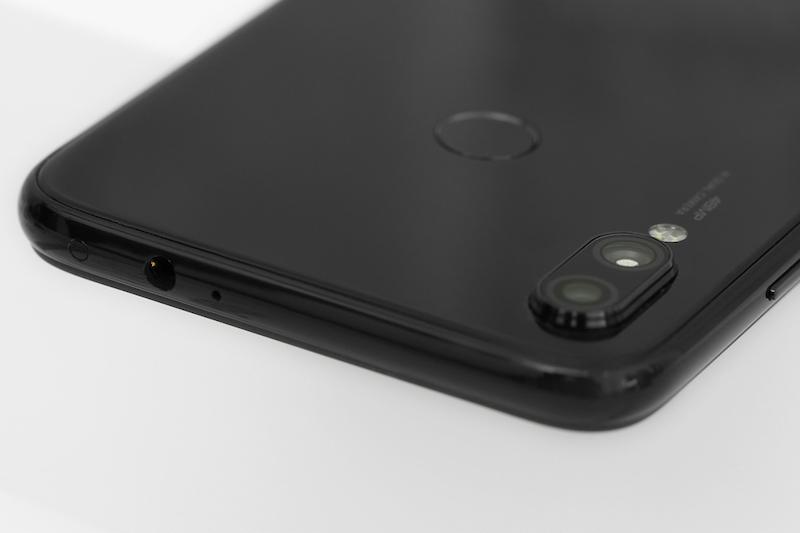 Điện thoại Xiaomi Redmi Note 7 3GB/32GB | Cụm camera kép sau