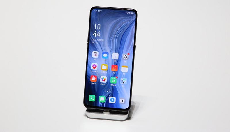 Màn hình của điện thoại OPPO Reno 5G chính hãng