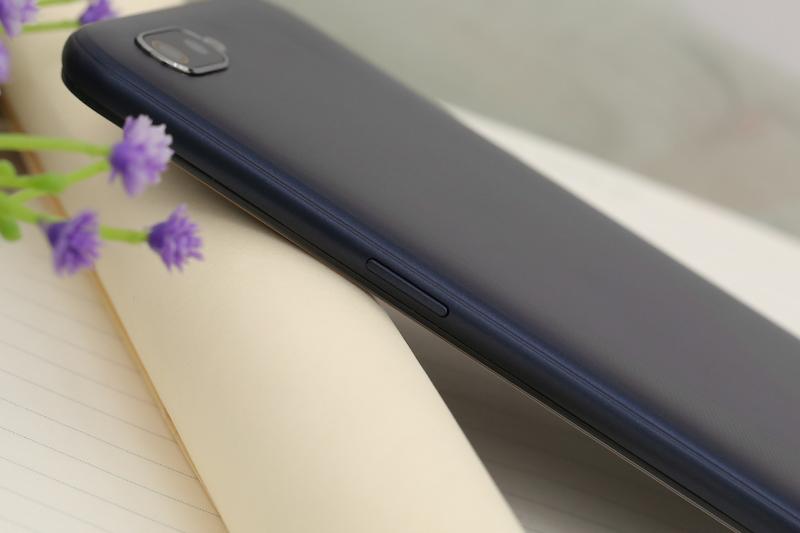 Điện thoại smartphone Realme C2 32GB | Cụm camera kép