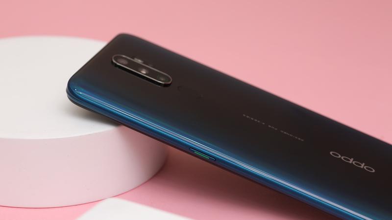 Điện thoại smartphone OPPO A9 2020 | Thiết kế mặt lưng chuyển màu