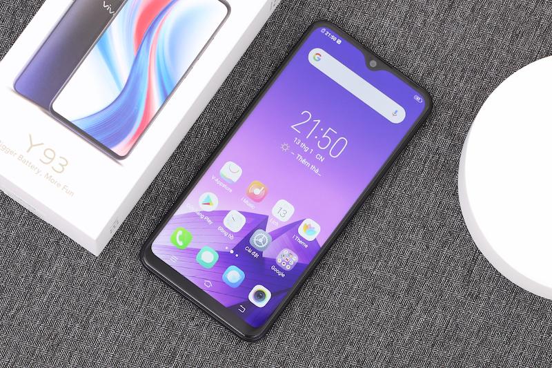 Điện thoại smartphone Vivo Y93 | Thiết kế màn hình
