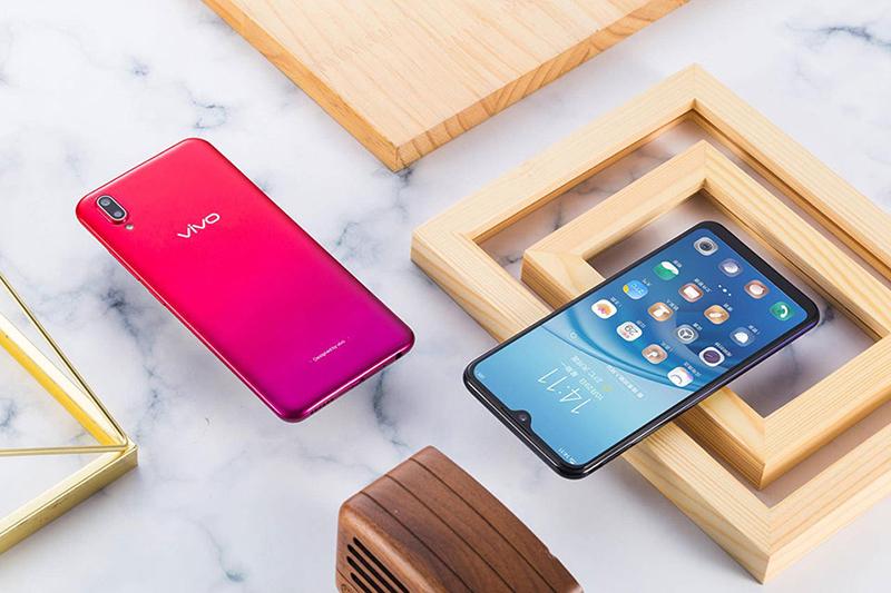 Thiết kế của điện thoại Vivo Y93 32GB chính hãng