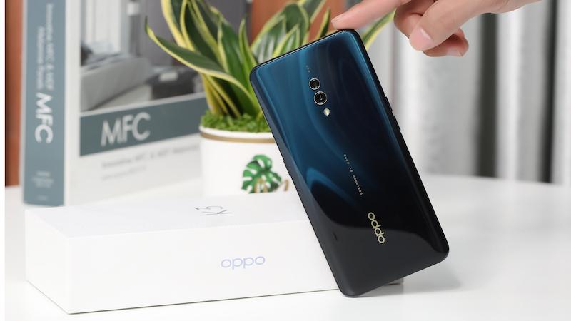 Điện thoại smartphone OPPO K3 | Thiết kế mặt lưng chuyển màu