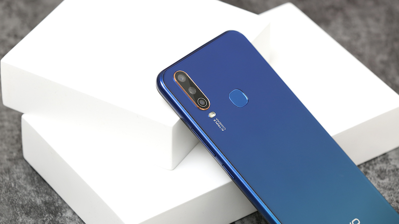 Điện thoại smartphone Vivo Y15 | Cụm 3 camera sau