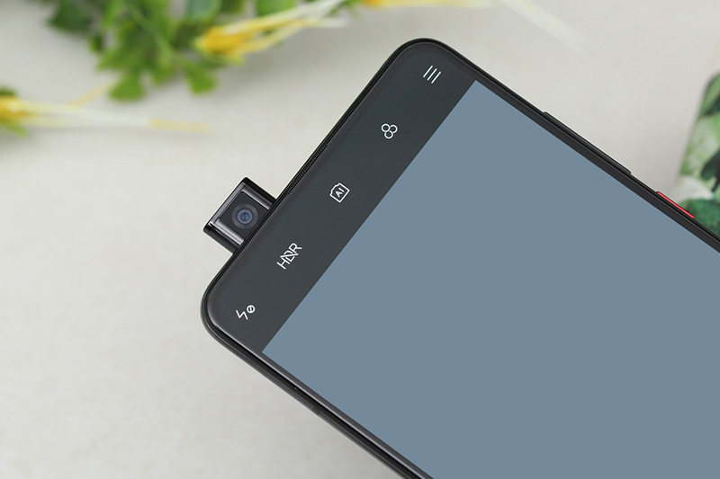 Thiết kế camera pop-up của điện thoại Xiaomi Mi 9T (Redmi K20) chính hãng