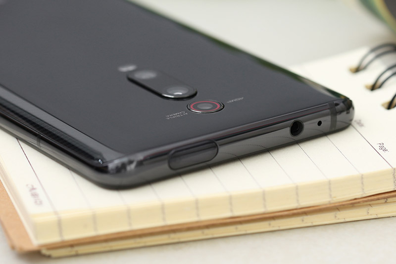 Thiết kế camera trước selfie của điện thoại Xiaomi Mi 9T (Redmi K20)chính hãng