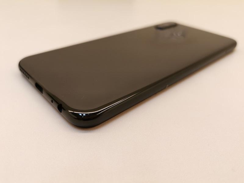 Thiết kế của điện thoại Lenovo Z6 Youth Edition chính hãng