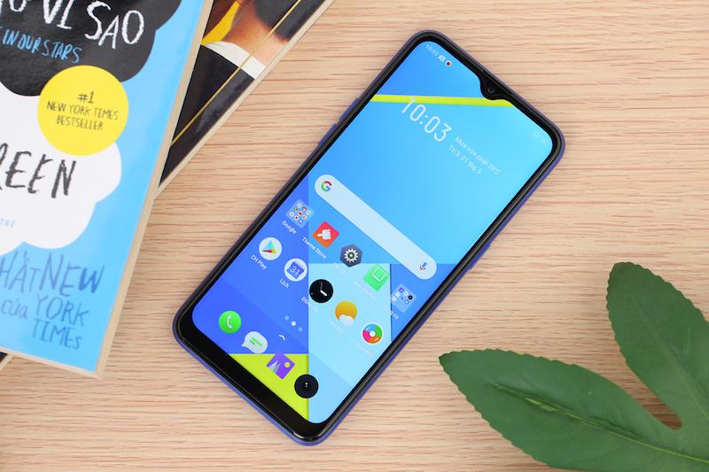 Điện thoại smartphone Realme C2 | Thiết kế màn hình