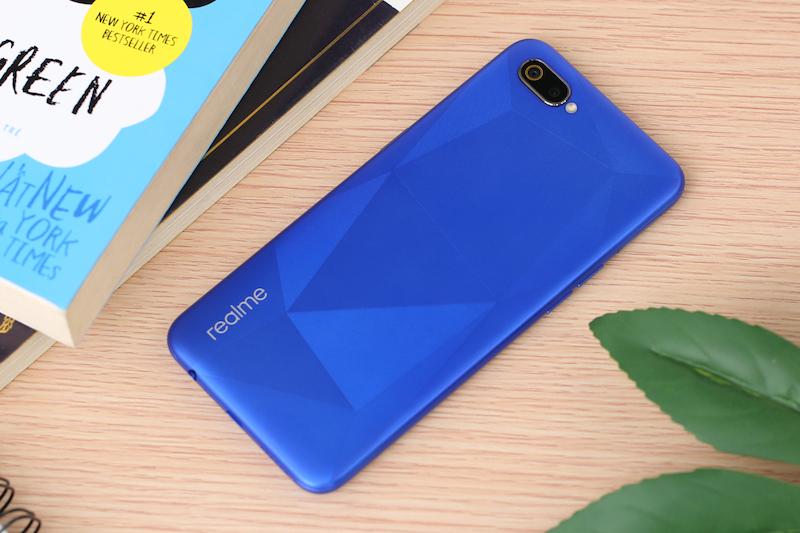 Điện thoại smartphone Realme C2 | Thiết kế mặt lưng