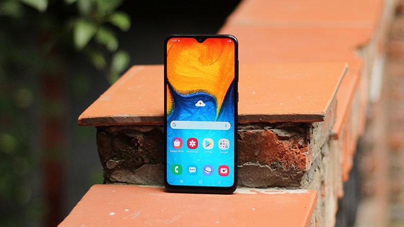 Điện thoại Samsung Galaxy A20s 64GB | Màn hình