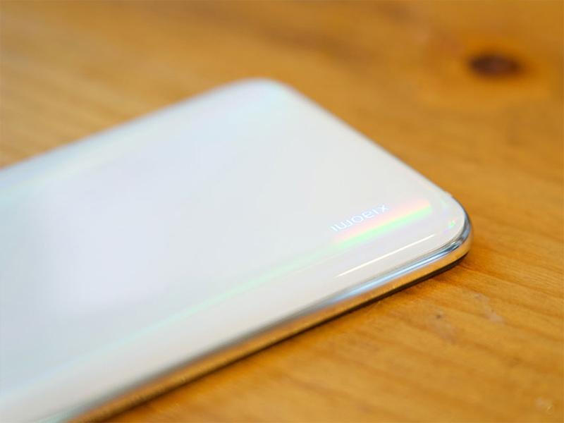 Điện thoại Xiaomi Mi CC9e | Thiết kế