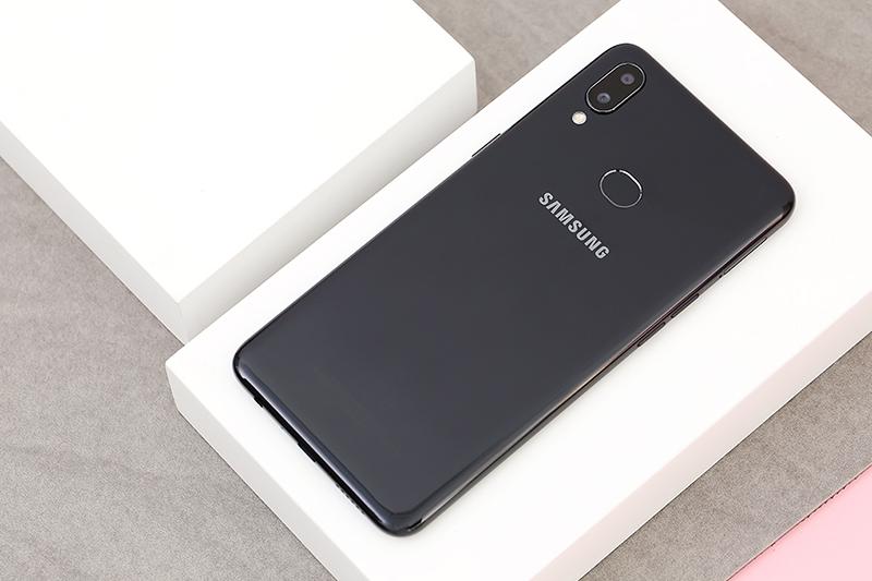 Điện thoại Samsung Galaxy A10s | Thiết kế mặt lưng
