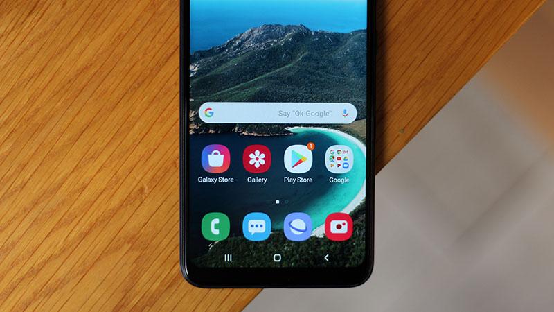Điện thoại Samsung Galaxy A10s | Màn hình