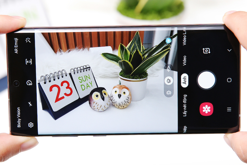 Điện thoại Samsung Galaxy Note 10+ | Giao diện camera sau