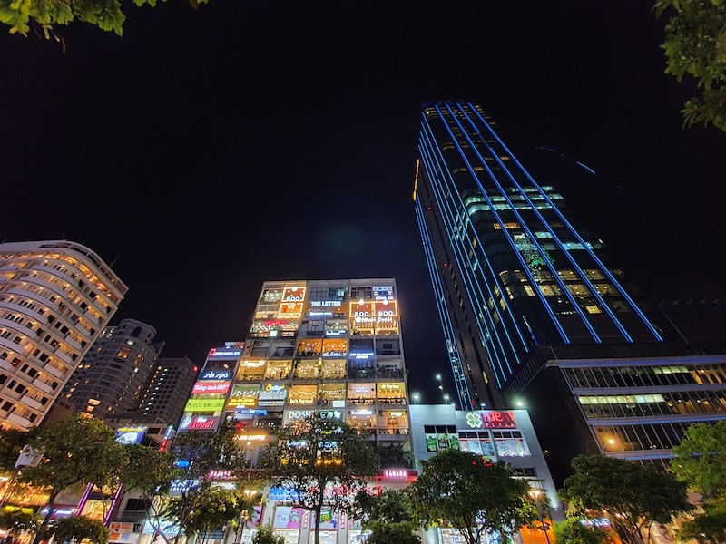 Điện thoại Samsung Galaxy Note 10+ | Ảnh chụp ban đêm