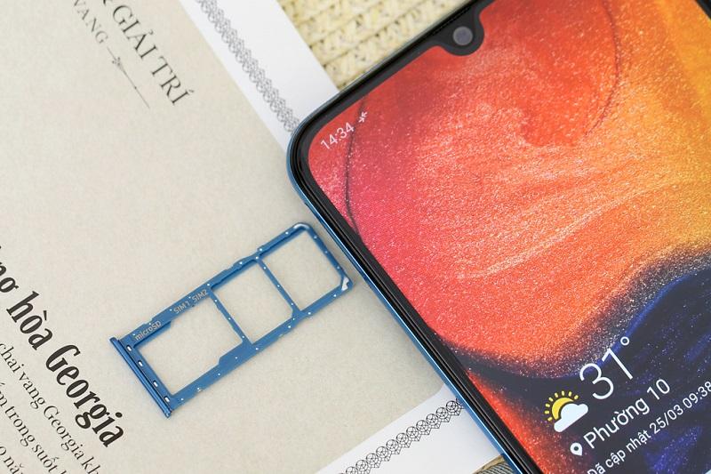 Điện thoại Samsung Galaxy A50s | Camera trước