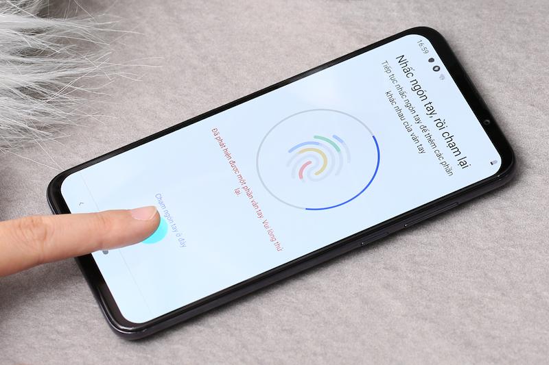Điện thoại smartphone Vsmart Live | Vân tay dưới màn hình