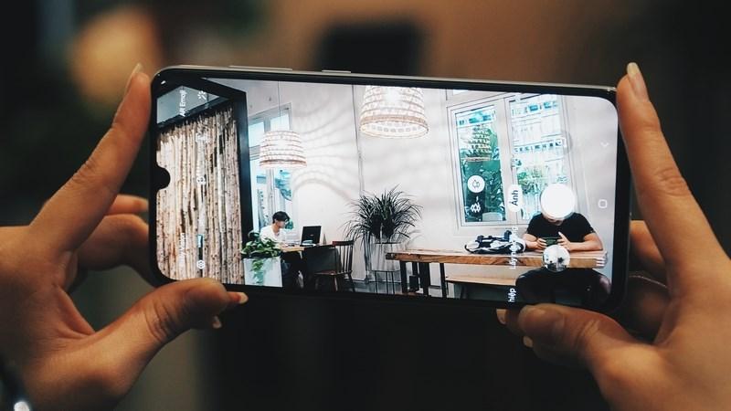 Điện thoại Samsung Galaxy A90 5G | Camera sau