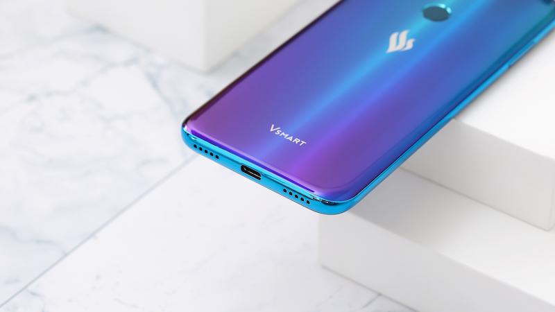 Điện thoại smartphone Vsmart Joy 2+ | Cổng sạc trên máy