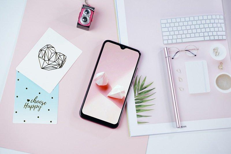 Điện thoại Vsmart Joy 2+ (2GB/32GB) | Màn hình