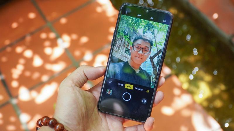 Điện thoại Realme C2 (2G/32GB) | Camera trước