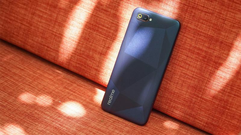 Điện thoại Realme C2 (2G/32GB) | Thiết kế