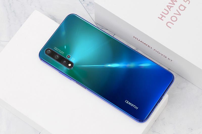 Điện thoại Huawei Nova 5T | Thiết kế thời thượng