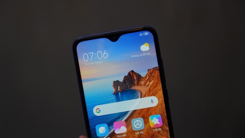 Điện thoại Xiaomi Redmi 8 32GB | Camera trước