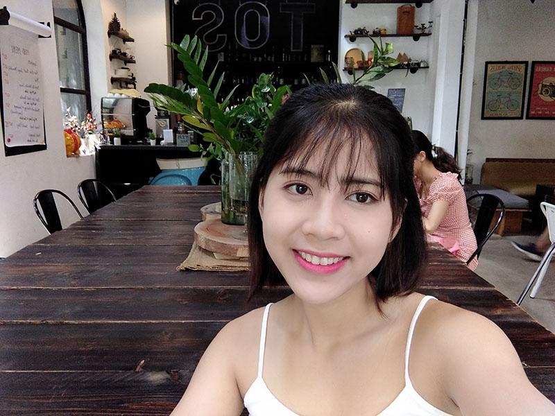 Xiaomi Redmi 8A | Camera selfie hỗ trợ làm đẹp AI