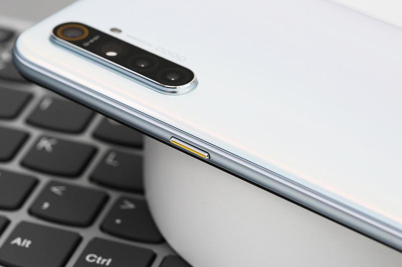 Điện thoại Realme XT | Dung lượng pin lơn