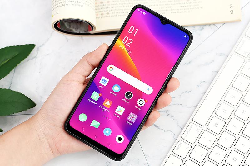 Điện thoại OPPO A5 (2020) | Trải nghiệm cầm nắm
