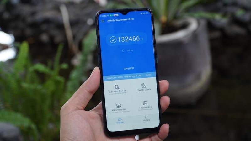 Điện thoại OPPO A5 (2020) | Màn hình
