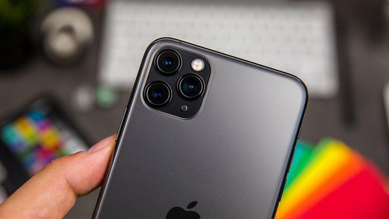 Điện thoại iPhone 11 Pro 256GB | Thiết kế cụm camera ấn tượng