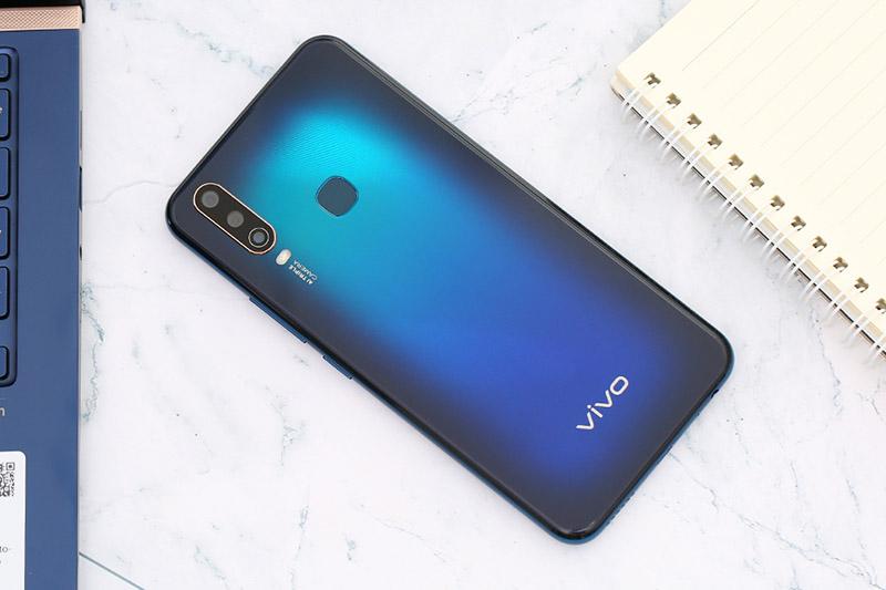 Điện thoại Vivo U10 | Thiết kế mặt lưng