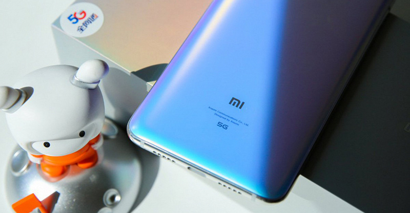 Xiaomi Mi 9 Pro 5G | Thiết kế mặt kính bắt mắt