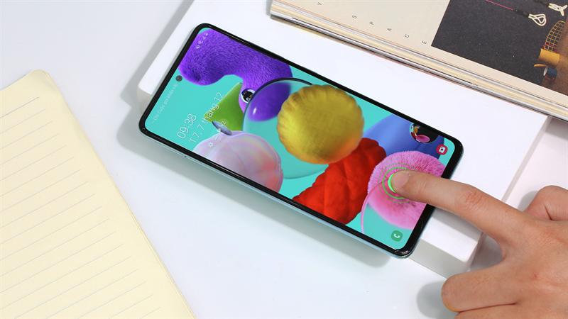 Điện thoại Samsung Galaxy A51 - Cảm biến vân tay