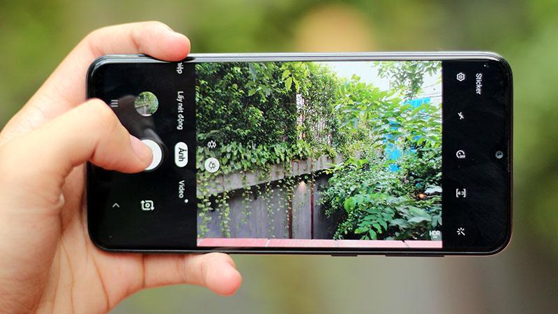 Điện thoại Samsung Galaxy A20s 32GB | Camera sau