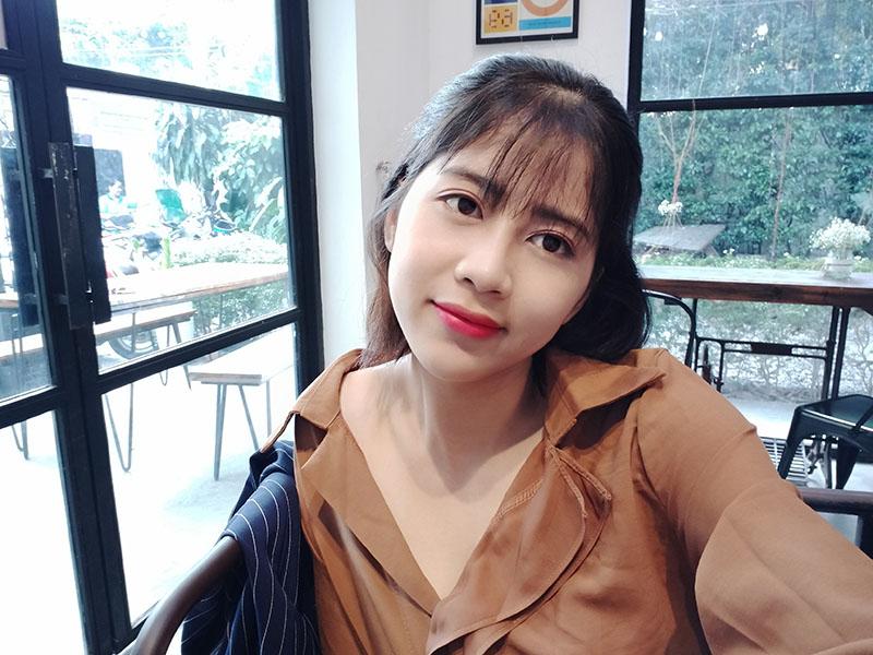 Điện thoại OPPO A5 (2020) 128GB | Ảnh selfie
