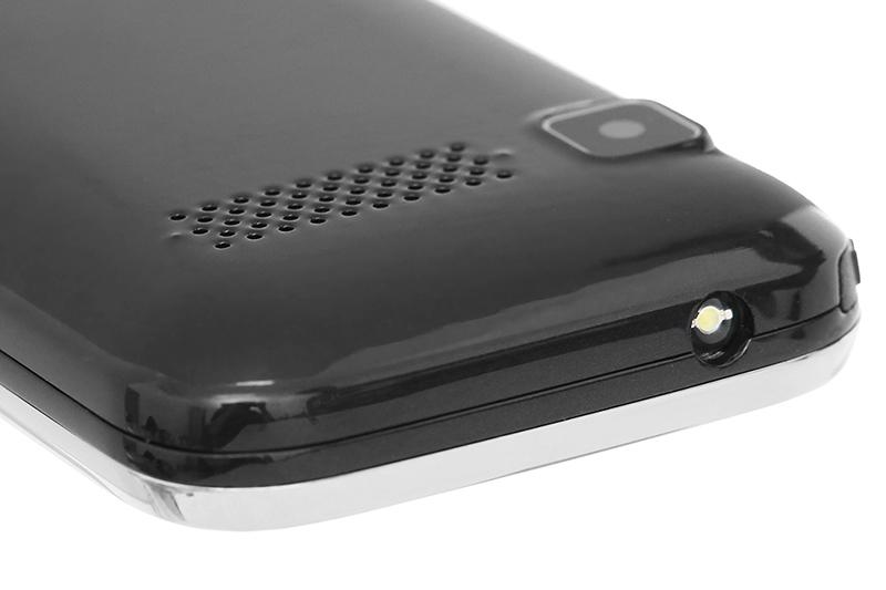 Điện thoại Masstel Fami 12 | Đèn pin tiện lợi