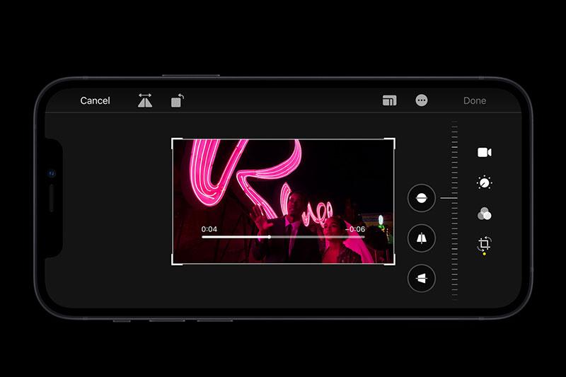 Quay video chất lượng ngay cả trong điều kiện ánh sáng yếu | iPhone 12