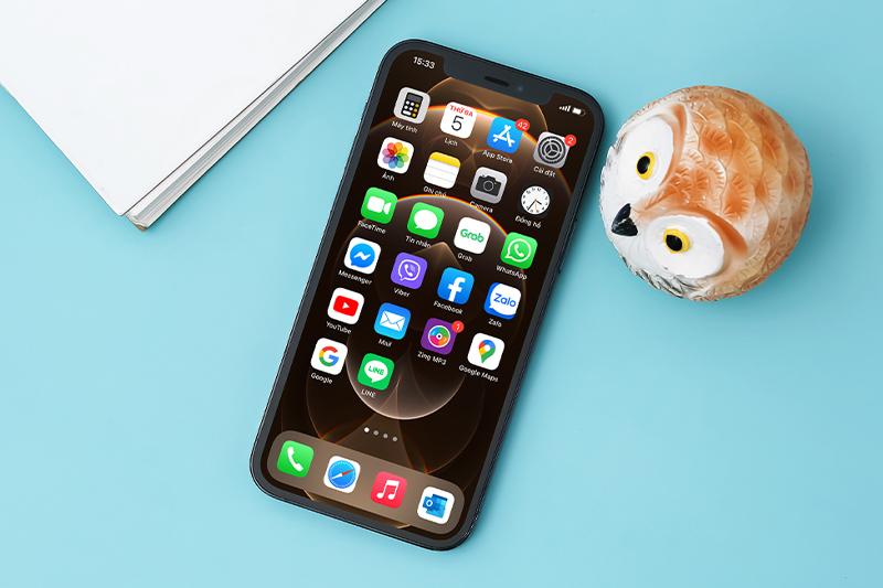 Thiết kế notch tai thỏ quen thuộc | iPhone 12 Pro 128 GB