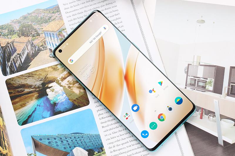 Điện thoại Oneplus 8 Pro | Màn hình sắc nét