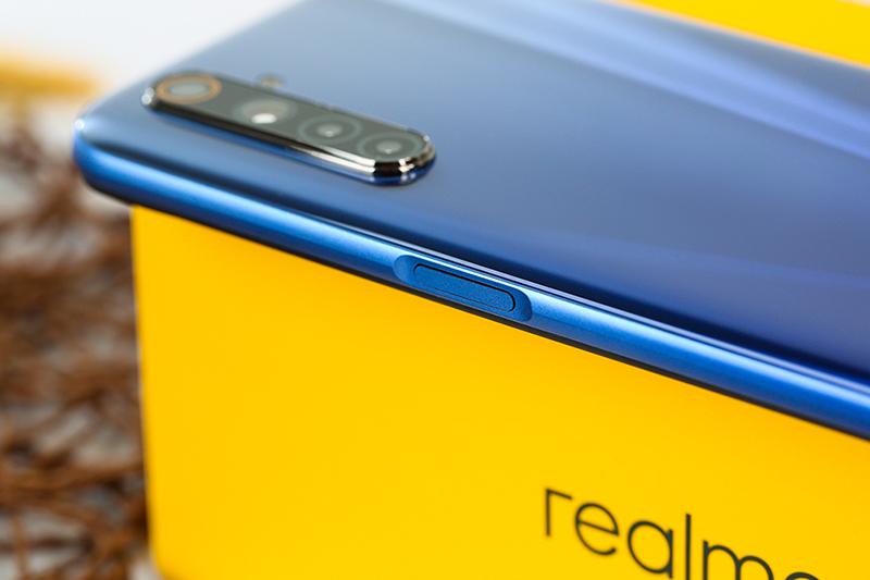 Điện thoại Realme 6 | Viền cạnh trái