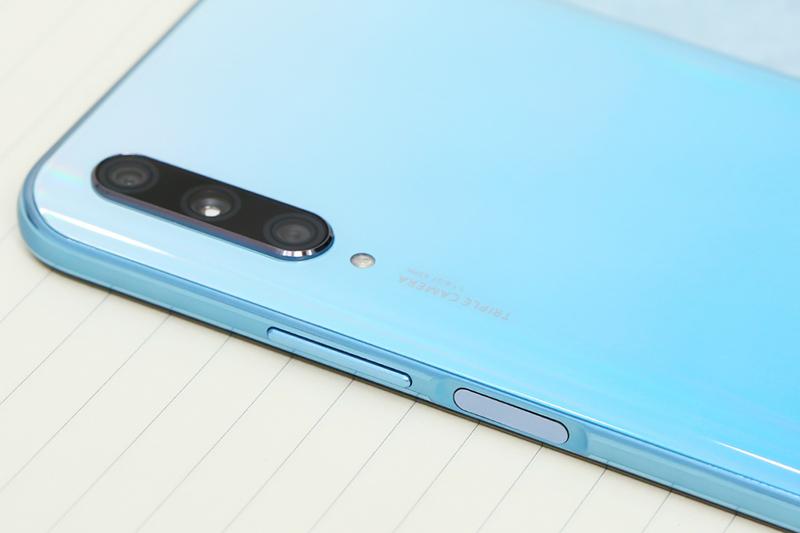 Điện thoại Huawei Y9s | Camera sau